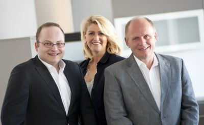 Das Führungsteam von Kuhlmann Küchen + Werkstätten: Ingo Kuhlmann, Sandra Büssemaker und Wilhelm Kuhlmann (v.l.n.r.).
