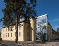 Denkmalschutz und neue Architektur finden am Chateau Venauen harmonisch zusammen.