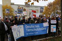 Demo vor dem Schweinehochhaus 2016.