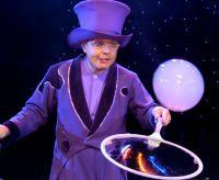 Showkünstler Blub begeistert mit seiner Seifenblasenshow