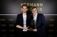 Überreichung des Preises, Foto: Christina Pörsch, DPA