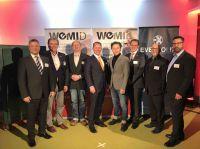 Foto: Präsidium mit Präsident Marco Altinger (4. v.l.) und Schauspieler Adrian Topol (4. v.r.)
