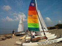 Katamaran segeln lernen, Katamaran mieten, Mitsegeln & Segelkurse auf der Ostsee