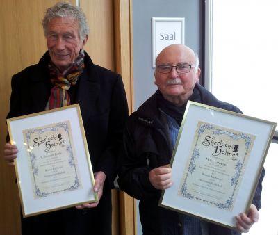 Christian Rode und Peter Groeger mit ihren Urkunden.