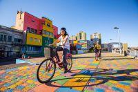 La Boca mit Fahrrad/ Ente de turismo de la ciudad de Buenos Aires
