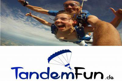 Fallschirmspringen Bayern mit Tandemfun.Tandemsprung, Fallschirmsprung mit Edi Engl