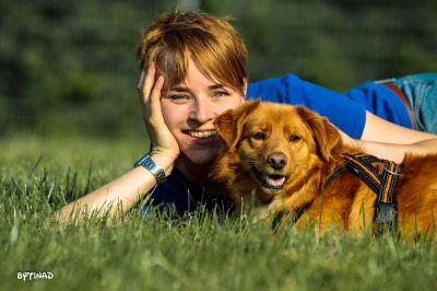 """Jennifer Jäckel mit Kundenhund """"Frau Fuchs"""" - gemeinsam erfolgreich im Training"""