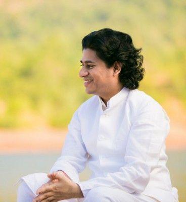 Maitreya Dadashreeji - Initiator des Weltweiten Transformationsprogramms (© )