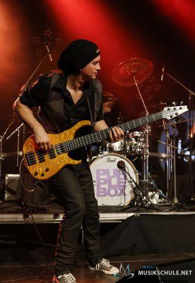 E-Bass lernen mit Steffen Knauss