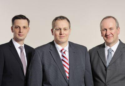 Die Brüninghoff-Geschäftsführer Frank Steffens, Sven Brüninghoff und Bernhard Müter (v. l. n. r.). Foto: Brüninghoff