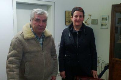 axanta AG regelt Unternehmensnachfolge für Traditions-Tischlerei: Horst Pavlicek (links) und die Käuferin Verena Vogler
