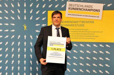 Michael Gruben, glatthaar-fertigkeller-Geschäftsführer, nahm die Ehrung entgegen. Foto: glatthaar-fertigkeller