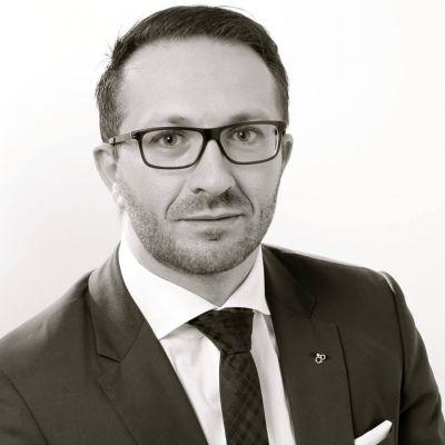 Markus Brochenberger ist Vorstand der compexx Finanz AG, eines Beratungsunternehmens für Finanzdienstleistungen.