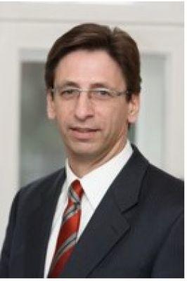 """Rolf Klein ist einer der Portfoliomanager des Aktienfonds """"Target European L/S"""", der auf europäische Nebenwerte setzt."""