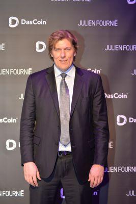DasCoin CEO Michael Mathias - Eiffelturm-Event DasCoin mit Haute Couture Designer Julien Fournie