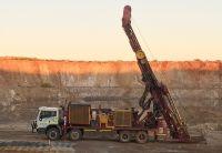 De Grey Mining: Goldexplorer im Höhenrausch