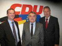 v.l.n.r.: Dr. Thomas Kiefer (VDI), Herbert Reul (MdEP), Heinz Leymann (IfKom)