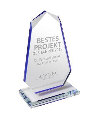 Das Symbol exzellenter Business Intelligence-Projekte – der ATVISIO Award 2015 aus reinstem Kristallglas.