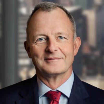 """Jonathan Simnett von Hampleton Partners: """"Die Datenrevolution trägt zur Transformation des Gesundheitswesens bei."""""""