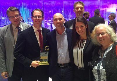 Herzlichen Glückwunsch IBM! GesundheitsTicket-Geschäftsführer Christian Lombardt mit der IBM-Delegation bei der Preisverleihung.