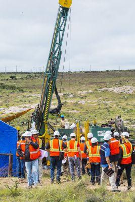 Bohrung auf der neuen El Compas Mine, Produktionsstart Q1-2018