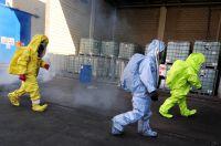 Siloreinigung / Dekontamination schwerer Chemieschutzanzug
