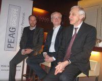 (v.l.) Philip Faigle (Moderation), Dr. Hans-Jürgen Urban, Heinrich Alt, auf der PEAG Personaldebatte zum Frühstück am 27.03.2013