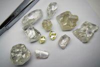 Auswahl der neuesten Diamantfunde auf Lulo; Foto: Lucapa Diamond