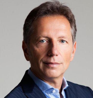 Roland M. Löscher, Vertriebs-Experte, ValueSelling-Ansatz