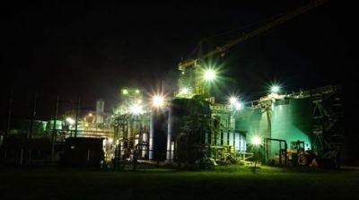 Die Selinsing-Mine bei Nacht; Foto: Monument Mining