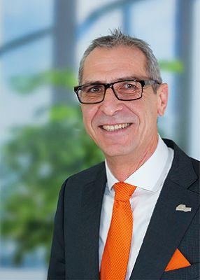 Ulrich Krank, Experte bei der CITYAGENTUR, Grenzgängerberatungsstelle der AMEX & Zeller Versicherungsmakler GmbH