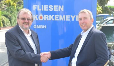 Neuer Marktführer dank axanta AG: Verkäufer ACSS Vibrotec, Horst Siebe (links), und Käufer Friedhelm Körkemeyer (rechts)
