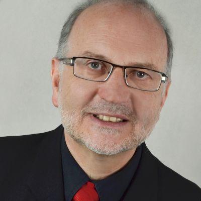 Hans Walter Fuchs hilft Unternehmen, mit Value Selling der Preisfalle zu entkommen