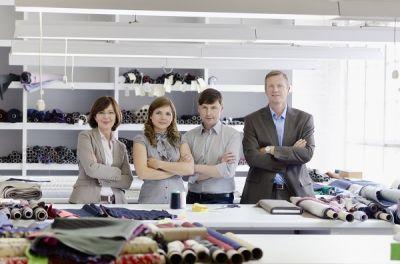 Auf der Suche nach dem passenden Nachfolger für den eigenen Betrieb hoffen Eltern meist auf ihre Kinder. (Bildquelle: iStock)