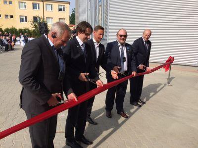 Feierliche Eröffnung der neuen Fliegel-Wäscherei an der deutsch-polnischen Grenze.
