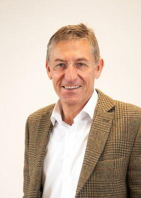 Rainer Zeller, Geschäftsführer der AMEX & Zeller Versicherungsmakler GmbH