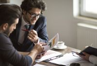 ABG-Mandanten werden nun bei Bedarf auch umfassend zu den Chancen und Risiken von Leasing-Verträgen beraten.
