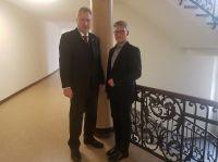 v.l.n.r.: Dipl.-Ing. Heinz Leymann (IfKom), Prof. Dr. Ulrich Bühler (KFBT)